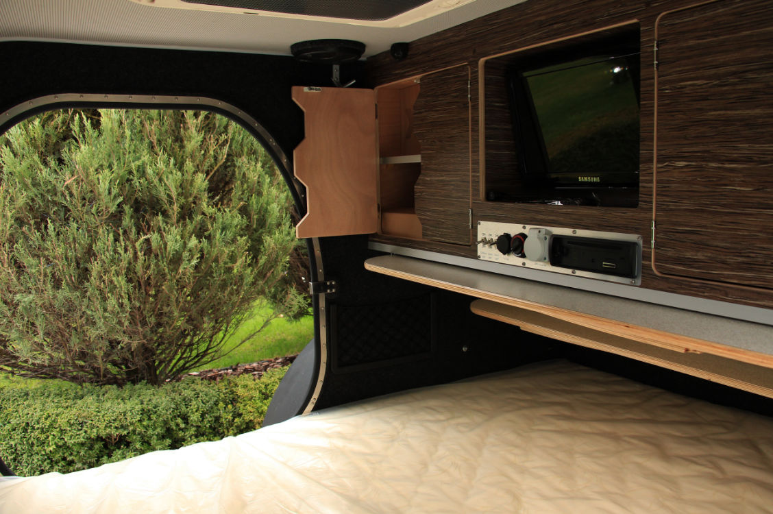 Půjčovna karavanů - interiér